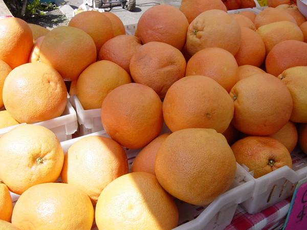 好大顆的葡萄柚