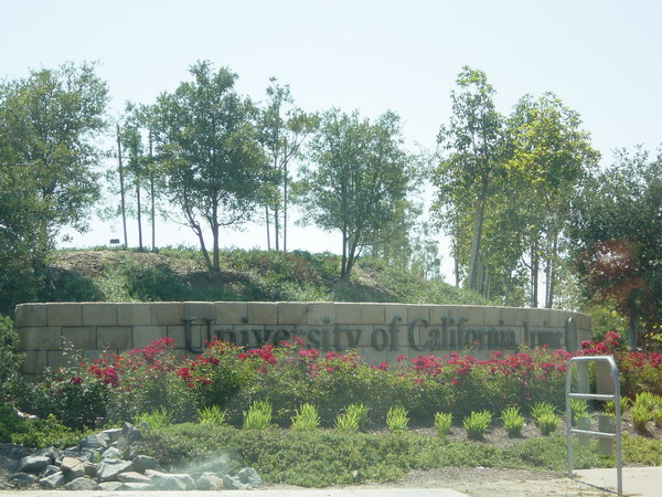 經過UC Irvine