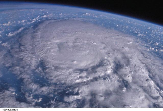 從太空拍攝的颱風Typhoon_200418_SONGDA.JPG