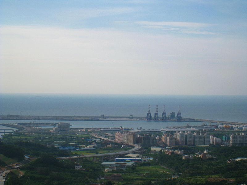 台北港-800px-Taipei_Port-2.jpg