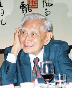 趙耀東_中鋼創辦人、有「鐵頭」封號的前經濟部長趙耀東走了!享年93歲。.jpg