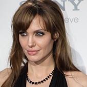 Angelina-Jolie_cropped.jpg