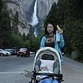 6/26 來到羅家今晚的落腳處:Yosemite Lodge by the Falls
