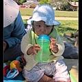 7/27 假裝在喝水的Q寶(那時還不太會用吸管杯但很愛假裝)