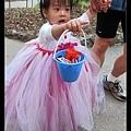 怡君的標題下得好:「公主小姊姊帶領眾人向前衝吧!」XD