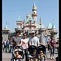 城堡前照一張