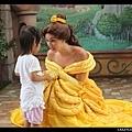 陳小牛最喜歡的黃色衣服公主