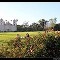 玫瑰園與天主教堂