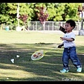 Q寶打羽毛球