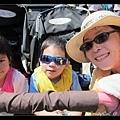 第二天媽媽帶著兩個小孩蹺課去 sea world