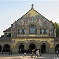 這就是最搶手的婚禮地點:Stanford 教堂