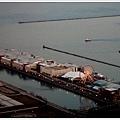 太陽要下山啦!Navy Pier 的摩天輪亮燈了