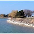 如果不是這麼冷,在堤邊散個步是不錯的