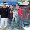 找了好久的美人魚雕像