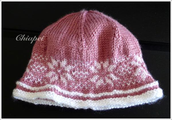 第一次打雙線的顏色花樣 -- 雪花帽