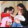 Lilia比陳小牛小4個月,社交技巧卻比較好耶