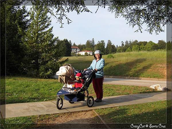 4/13 火力更強大的武器 -- BOB double stroller!!