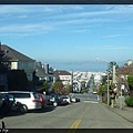 舊金山特色之一:高低起伏的街道