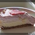 鏘鏘!雙層草莓起士蛋糕!