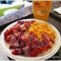 6/4 令人感動萬分的芒果草莓牛奶剉冰!