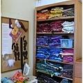藝術家的布,整整齊齊按色彩排列