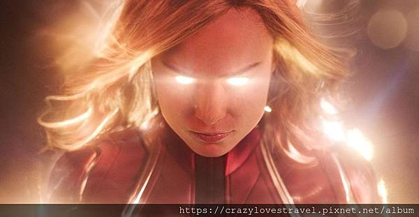 captain marvel2.jpg
