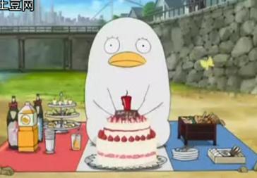 幫桂準備生日蛋糕的小莎.bmp