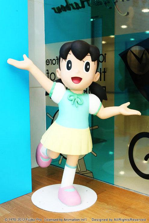 哆啦a夢百年展人物