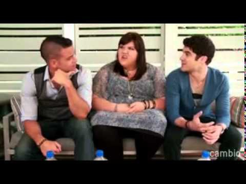 Glee-Live-Chat-with-Darren-Criss-Mark-Salling-Ashley-Fink (2011.7)