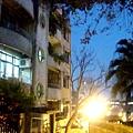 巷弄裡的老公寓.jpg