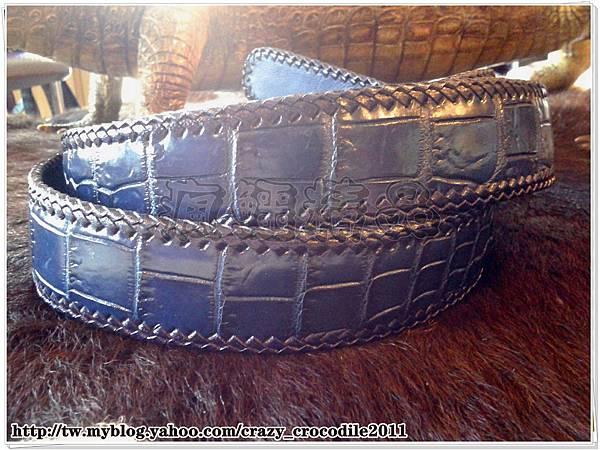 【品名】客戶訂製款‥寶藍色加長鱷魚腹部皮帶
