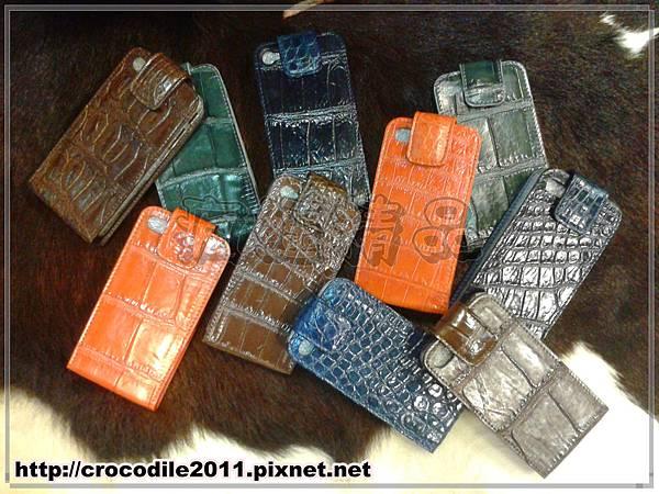 【品名】iPhone4鱷魚腹部掀蓋手機套