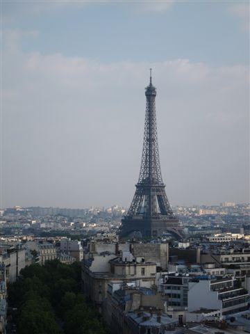 以及艾菲爾鐵塔