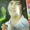 Kao 簽名雜誌內頁