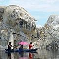 BUDDAH-IN-THAI-FLOOD.jpg