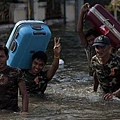 thai_flood-crisis201110afp-400.jpg