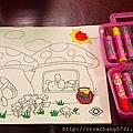 小姪子在醫院畫畫.jpg