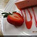 草莓蛋糕3.JPG