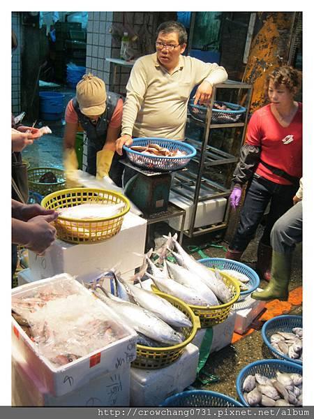 崁仔頂魚市 (3).JPG