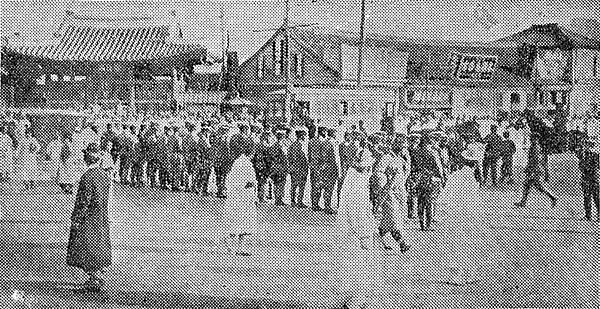 16-三一事件-日本軍隊和驚察一字排開
