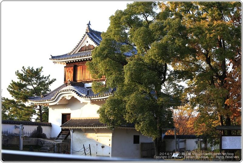 IMG_5867a 2014-11-20岡山城.JPG