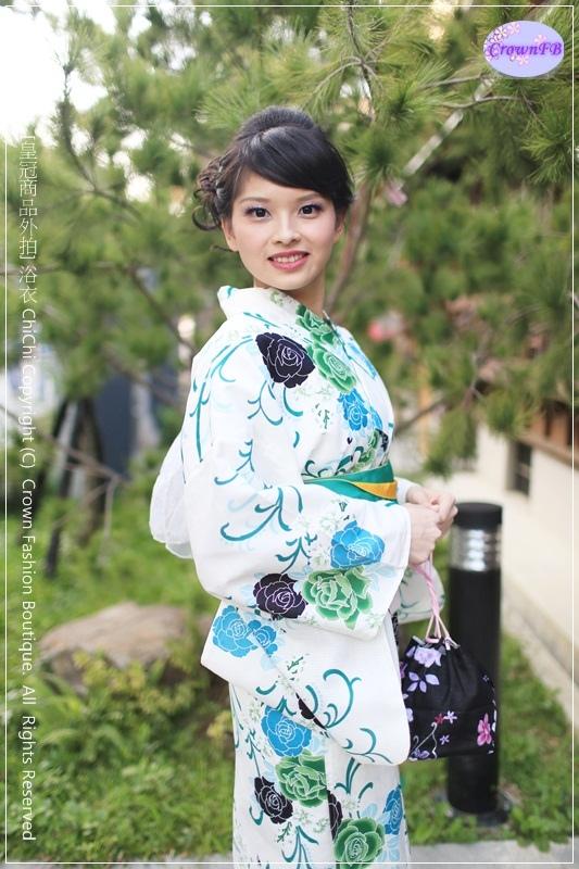 IMG_0390a 皇冠浴衣商品 by Naomi.JPG