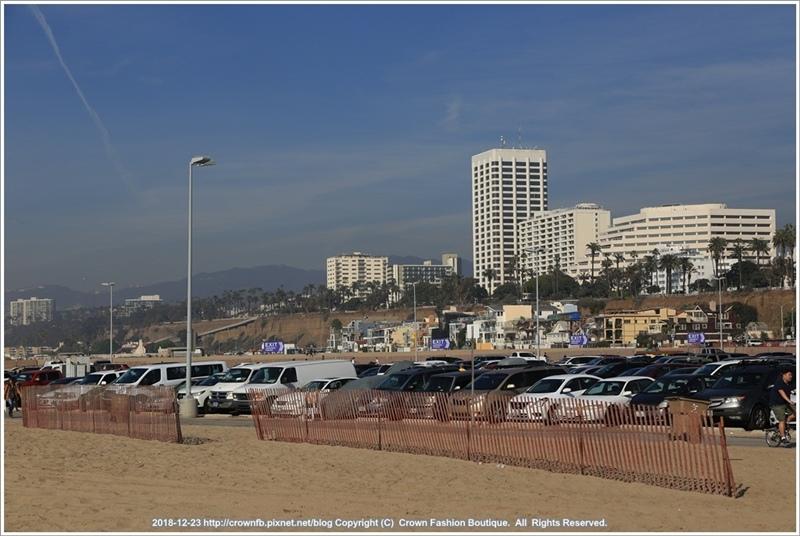 IMG_7291 12-23 Santa MonicaSanta Monica.JPG