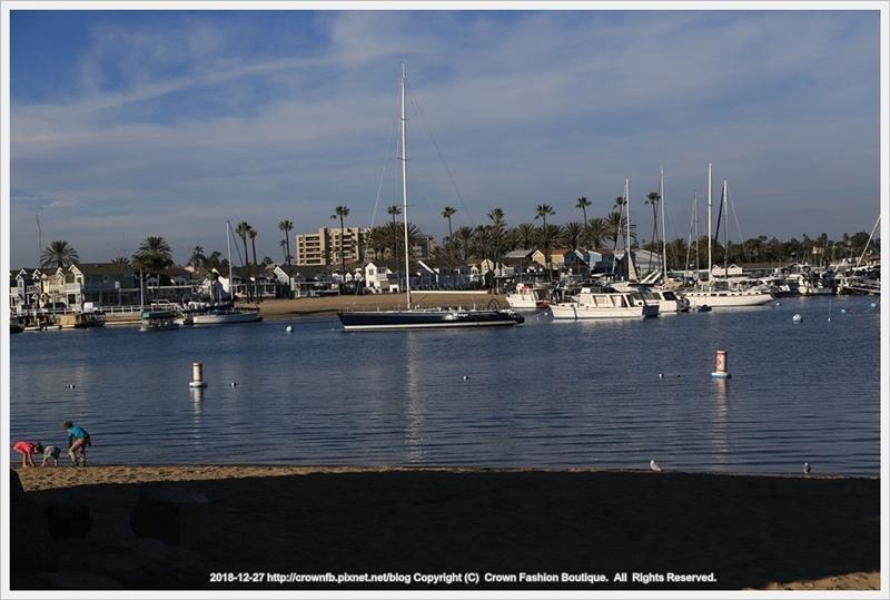 1-IMG_7390 12-27 New Port Beachoutput.JPG