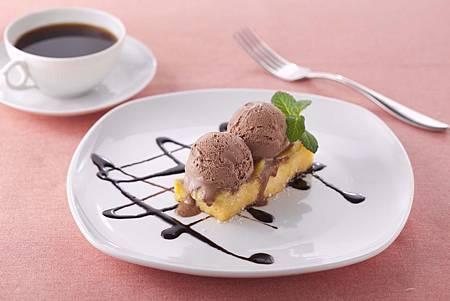 法國吐司煎香蕉佐巧克力冰淇淋01