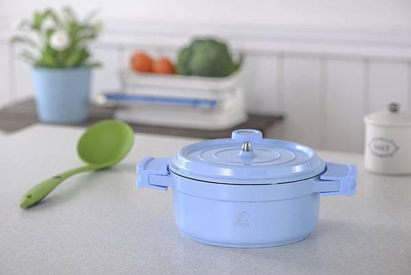 Cook'on 悠活燉煮鍋系列  雙耳附蓋湯鍋-粉藍