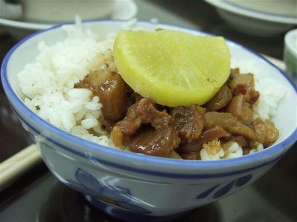 大碗魯肉飯.JPG