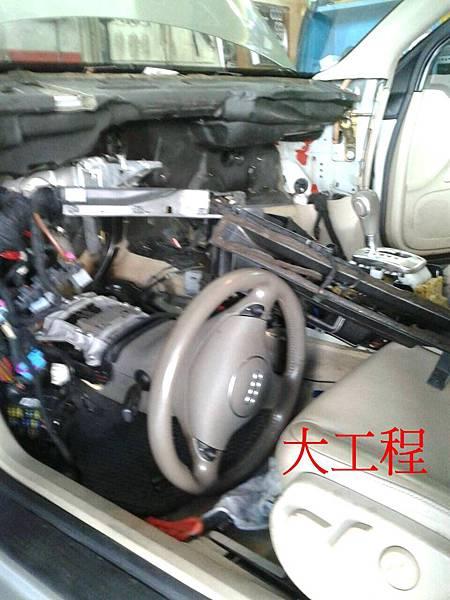 各車系維修冷氣系統....