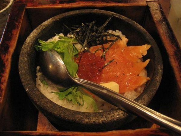 我點的鮭魚拌飯~1