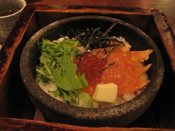 我點的鮭魚拌飯~2